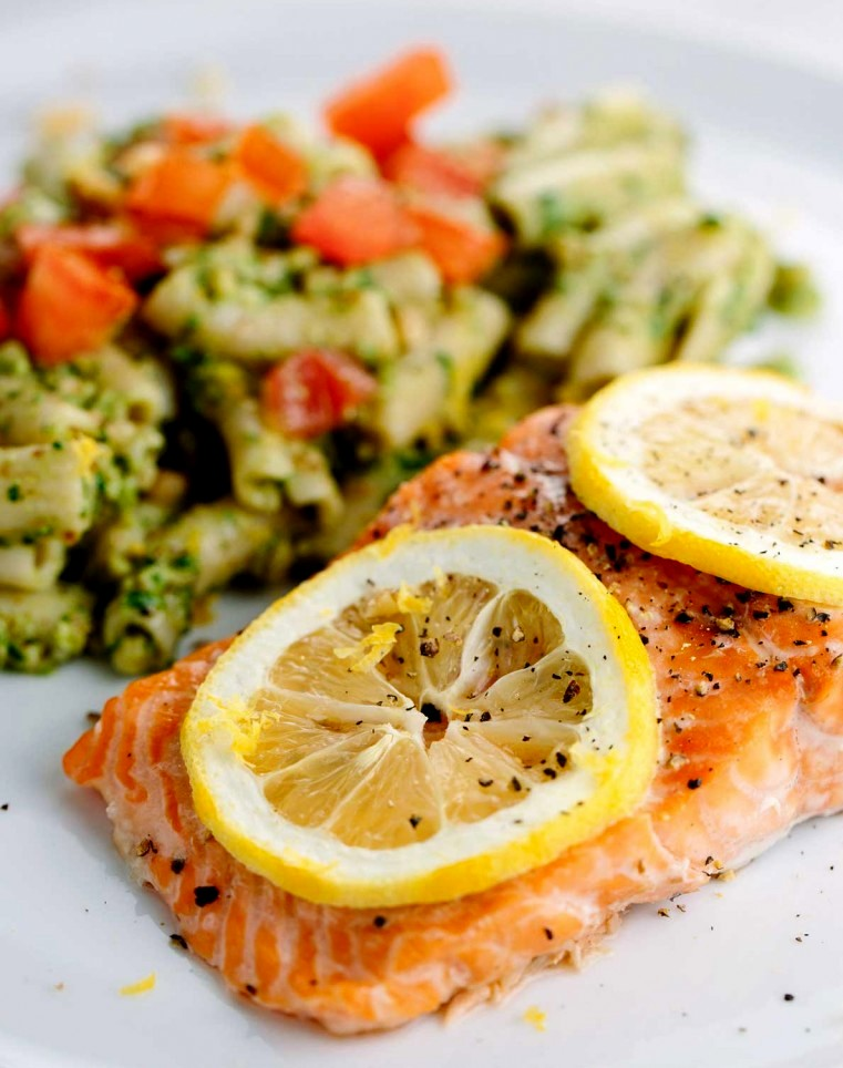 wild-salmon-dinner-with-pesto-pasta-salad-768x1152